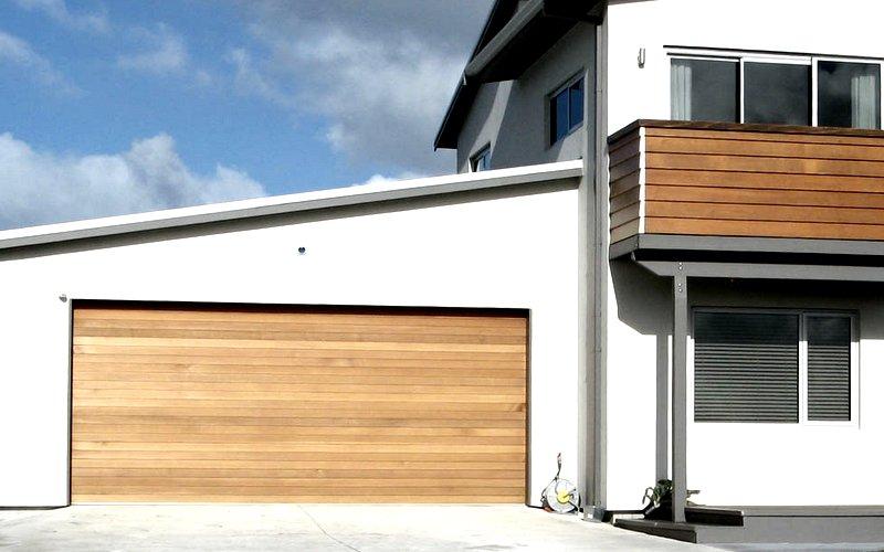 da werden ihre nachbarn staunen premium garagentore in. Black Bedroom Furniture Sets. Home Design Ideas